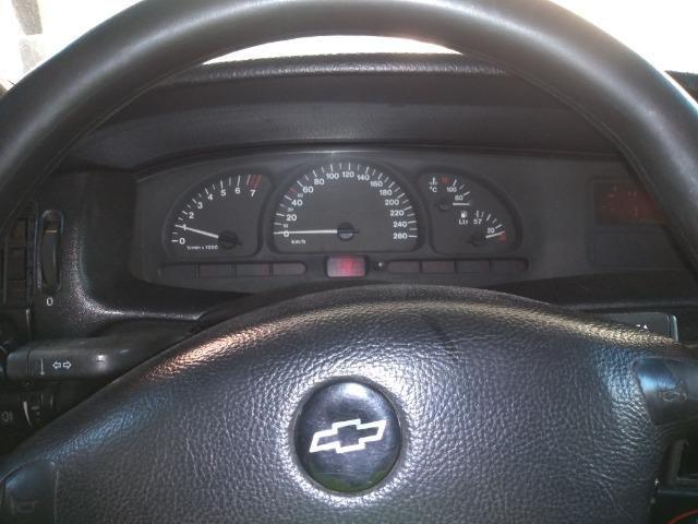 Vectra cd 97 com motor retificado, ABS, teto solar, sensor de ré e controle de tração! - Foto 13