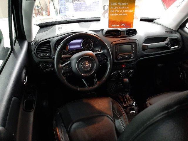 Jeep renegade limited automática 6 marchas único dono garantia banco couro multimídia - Foto 2