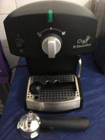 Cafeteira Elétrica Eletrolux Chefe Crema Manual - Foto 2