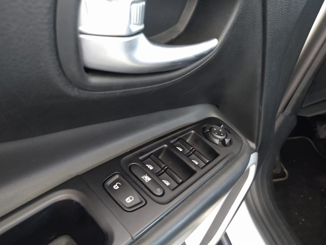 Jeep Renegade 2020 Longitude 1.8 flex 4X2 - 47mil km, tá muito novo!!! - Foto 10