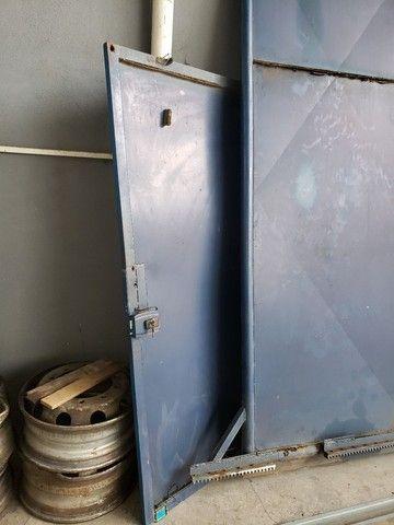Vendo portão usado de Aço  - Foto 3