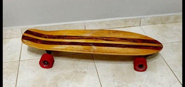 Skate longboard mais capacete e proteções ( Com simulador de surf)
