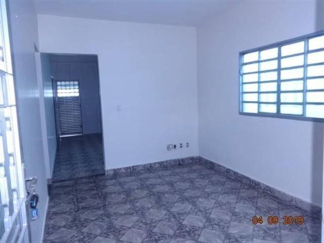 Casa para Venda em Uberlândia, Residencial Gramado, 3 dormitórios, 1 suíte, 2 banheiros, 2 - Foto 19