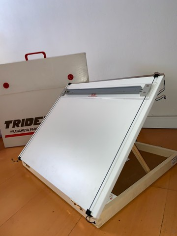 Prancheta para Desenho A3 Trident + Tubo Telescópio  - Foto 4