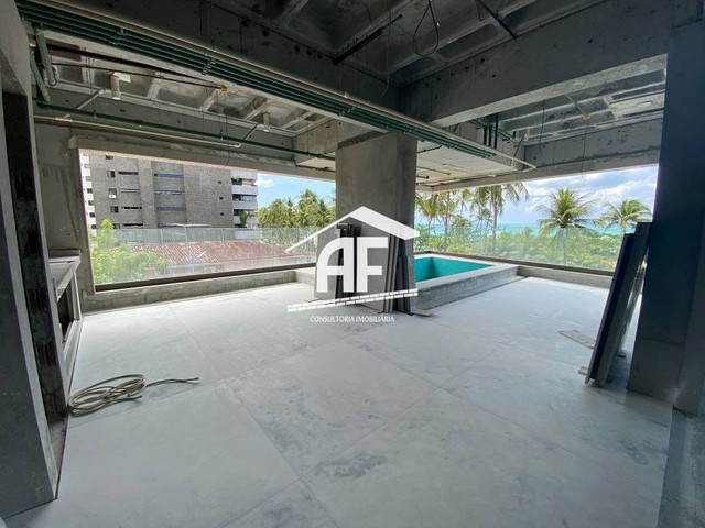 Apartamento beira mar com piscina na varanda - Ponta Verde - Foto 5