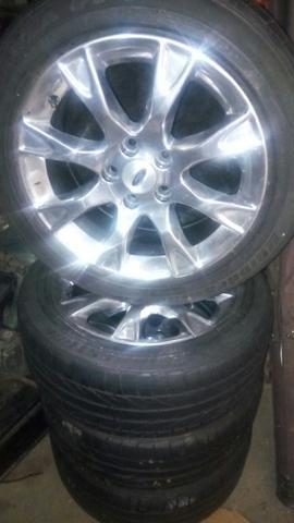 Rodas 17 c/pneus 5/114 so 1900 c/pneus