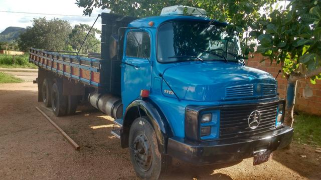 Caminhão 1113 ano 85/86