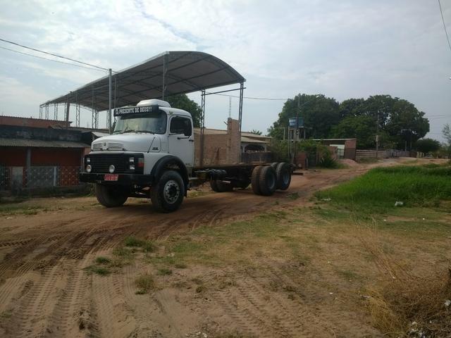 Caminhão 15-18