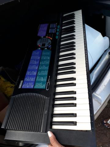 Vendo teclado novo