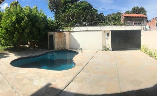 TE0441 Casa duplex com amplo terreno de 960m², 4 quartos, 6 vagas, piscina - Foto 2
