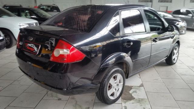 Ford Fiesta Sedan 1.0 Flex Completo - Foto 4