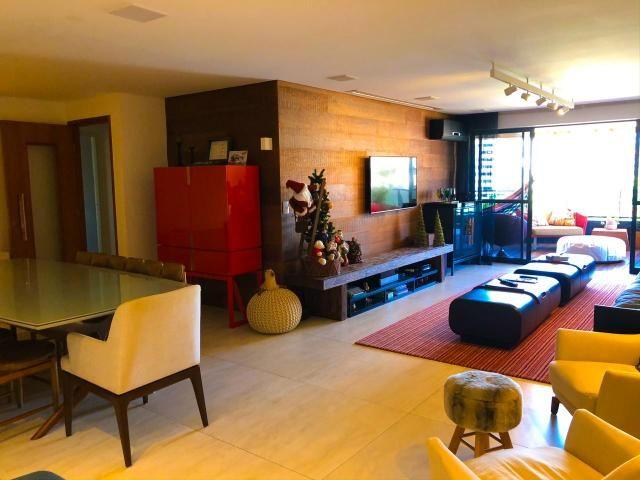 Lindo Apartamento na Ponta Verde com 180m em 3 suítes e 3 vagas - Foto 12