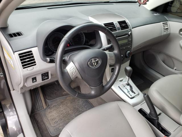 Toyota Corolla GLI 1.8 Flex Completo 2014 - Foto 8