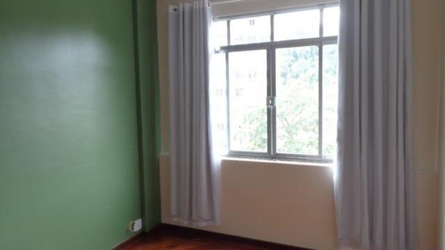 Excelente apartamento de frente, muito ensolarado, 3 quartos - Foto 7