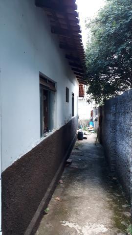 JD GUANABARA 1, casa com barracão na rua Anápolis - Foto 7