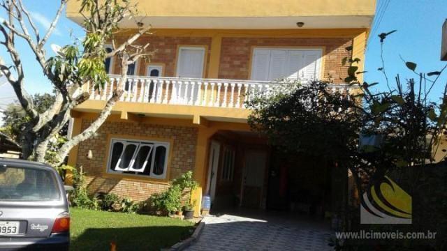 Casa para Venda em Imbituba, Vila Nova, 3 dormitórios, 1 suíte, 2 banheiros, 3 vagas