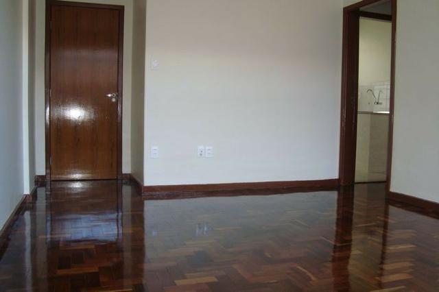 Apartamento na esquina do Calçadão - Foto 4