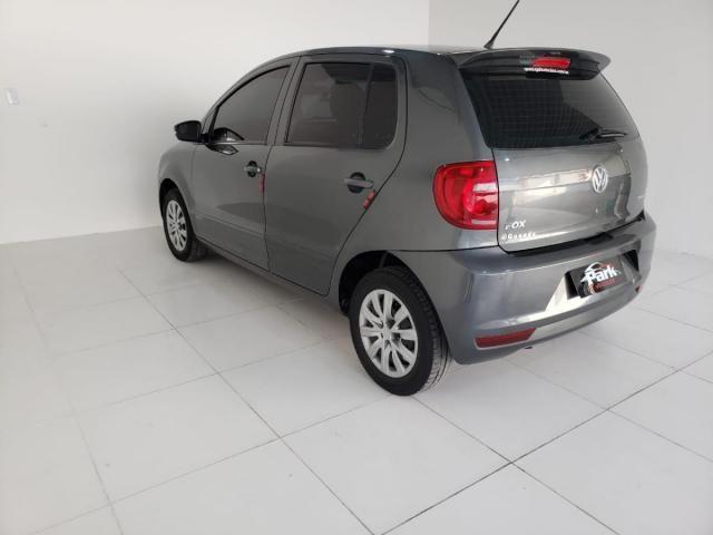 Volkswagen Fox BlueMotion 1.6 Flex c/GNV - Foto 9