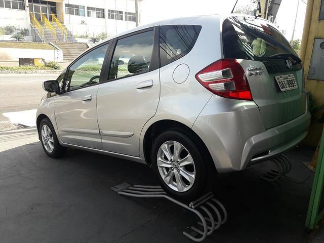 Fit 1.4 aut ipva 2020 pago novinho !!6mil!! - Foto 2
