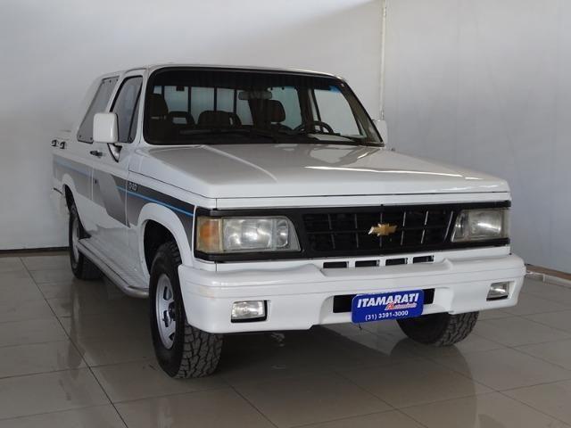 Chevrolet D-20 El Camino 3.9 (8896)