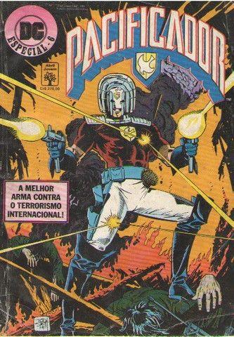 Kit Sagas Completas: 5 revistas Super-Powers e DC Especial - Foto 5