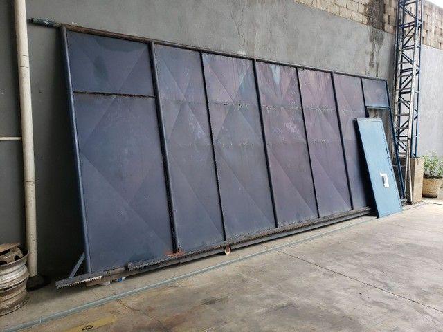Vendo portão usado de Aço  - Foto 5