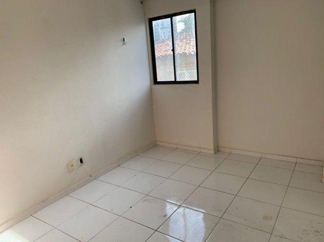 apartamento com cozinha projetada no alto branco - Foto 6
