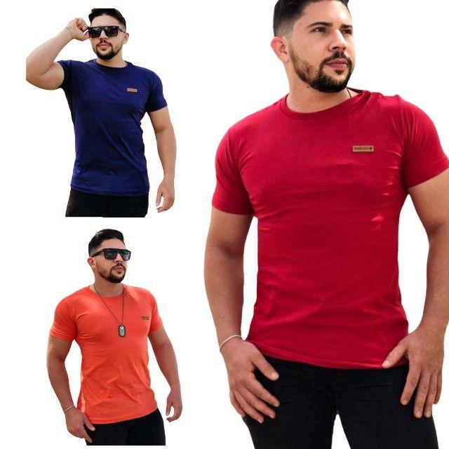 10 Camisas Masculinas lisas - Foto 2