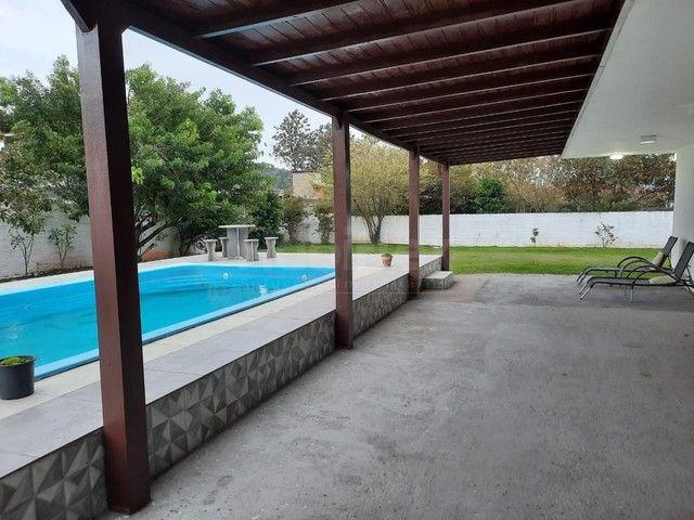 Casa à venda, com 4 quartos e amplo quintal com piscina. Ribeirão da Ilha, Florianópolis/S