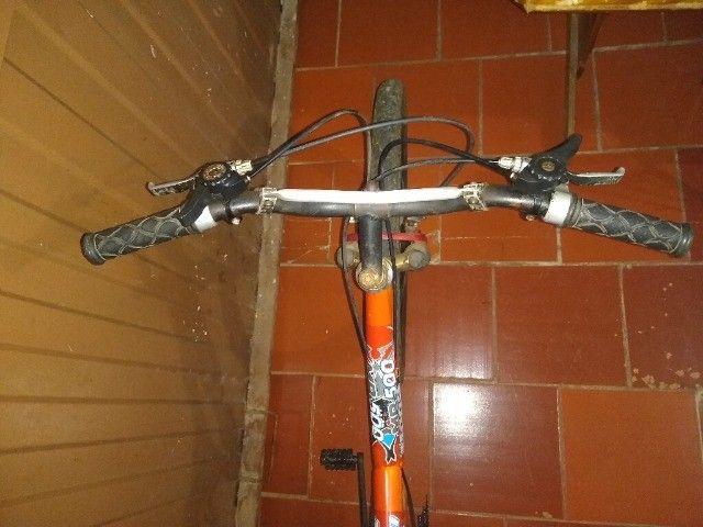 Bicicleta 24 marchas 2 amortecedores - Foto 5