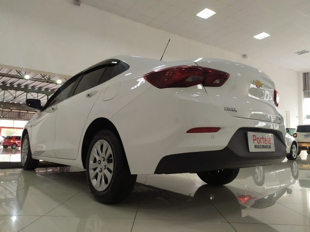 onix sedan  plus lt 1.0 mec impecavel com 26000 km  - Foto 2