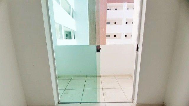 Apto c/ 03 quartos c/ elevador e área de lazer próximo à Unipê - Foto 2