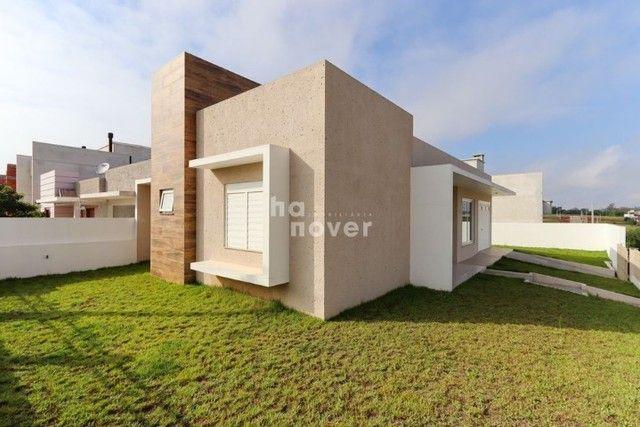 Casa Nova de 3 Dormitórios à Venda em Camobi - Santa Maria RS.