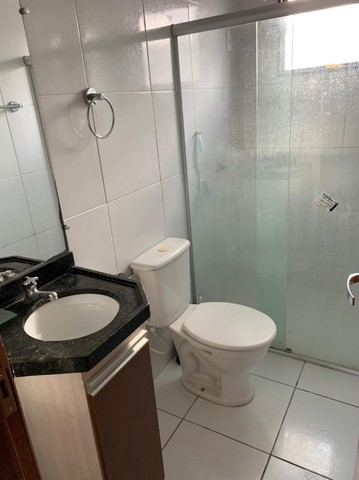 apartamento com cozinha projetada no alto branco - Foto 7