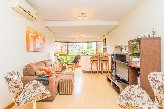 Apartamento à venda com 3 dormitórios em Moinhos de vento, Porto alegre cod:AR81 - Foto 2