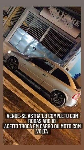 Astra 1.8 2001 rodas ARO 18 aceito troca