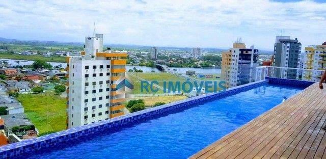Apartamento 2 dormitórios perto do mar e centro - Foto 5