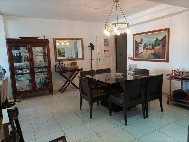 Apartamento para venda possui 140 metros quadrados com 3 quartos em Ponta Verde - Maceió - - Foto 6