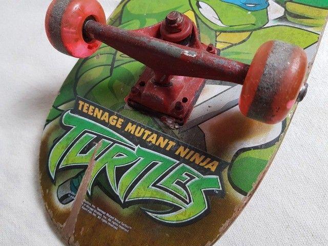 Skate das tartarugas ninja e Capacete Juvenil - Foto 2