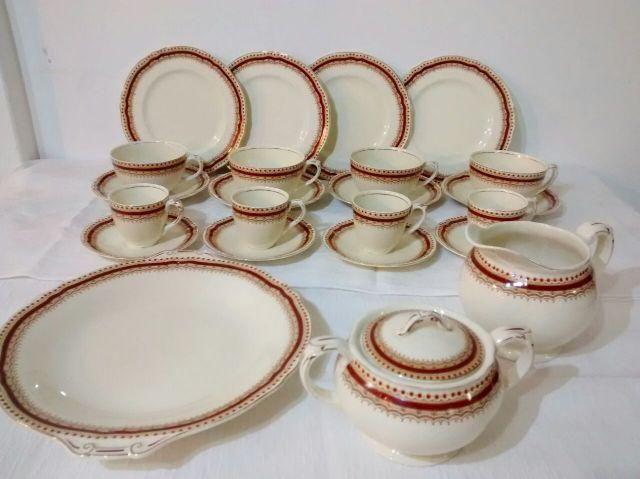Aparelho de chá em Porcelana Creampetal Grindley England