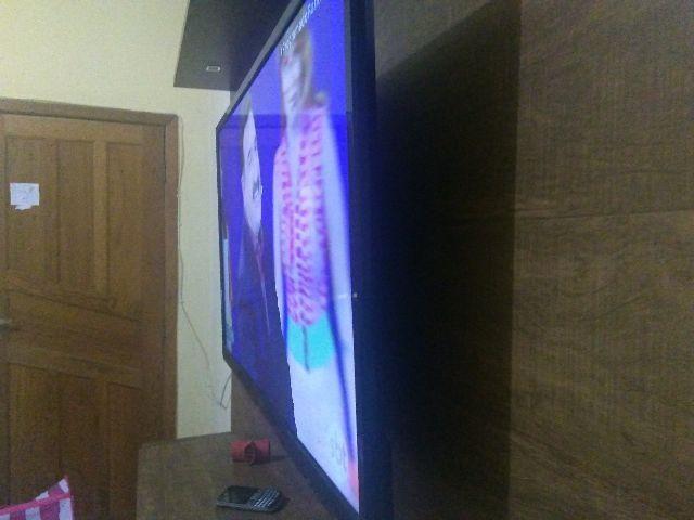 Tv led philco 40