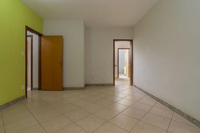 Apartamento 3 quartos no Fernao Dias à venda - cod: 12414