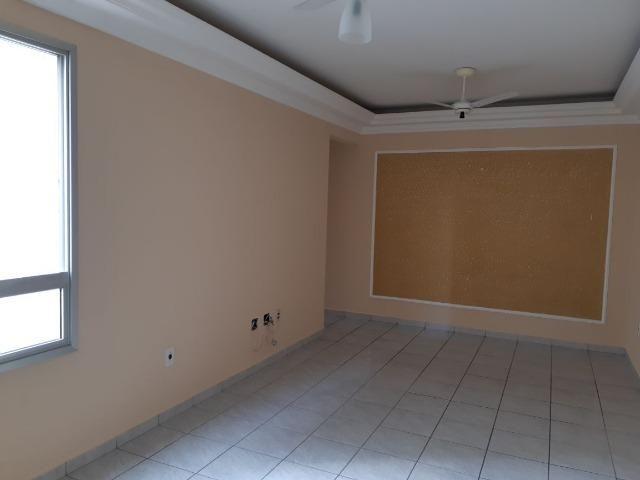 Apartamento à venda no Monte Castelo