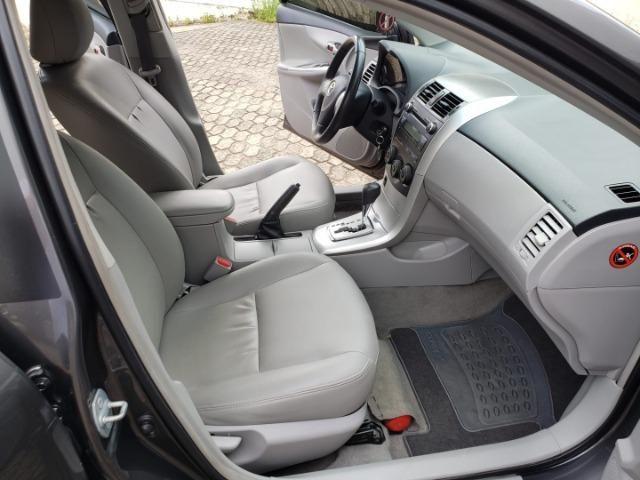 Toyota Corolla GLI 1.8 Flex Completo 2014 - Foto 9