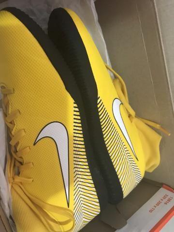 Chuteira Nike Neymar cano alto futsal TAM 39 SEMINOVA - Roupas e ... fbfc4504b5710