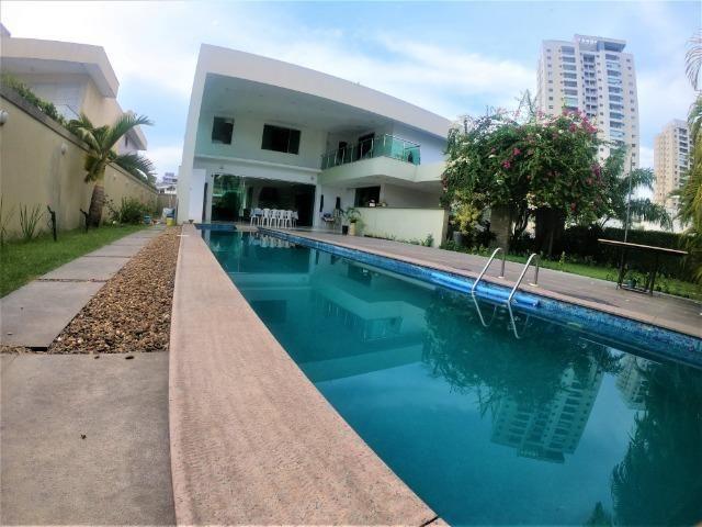 Residencial Adrianópolis, 5 suítes, piscina com fino acabamento (aceita bermuta) - Foto 19