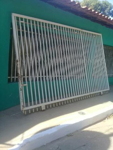Vendo portão 400,00 - Foto 2