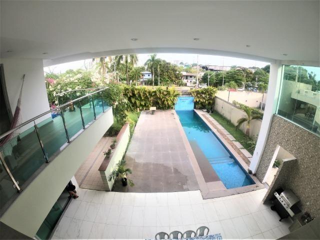 Residencial Adrianópolis, 5 suítes, piscina com fino acabamento (aceita bermuta) - Foto 18