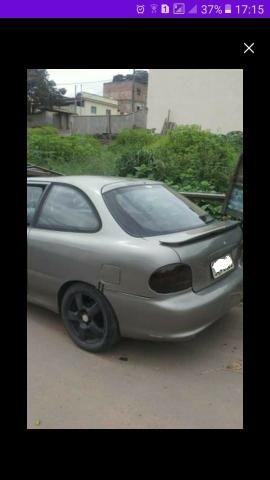 Vendo ou troco carro possui 800 reais de doc - Foto 5