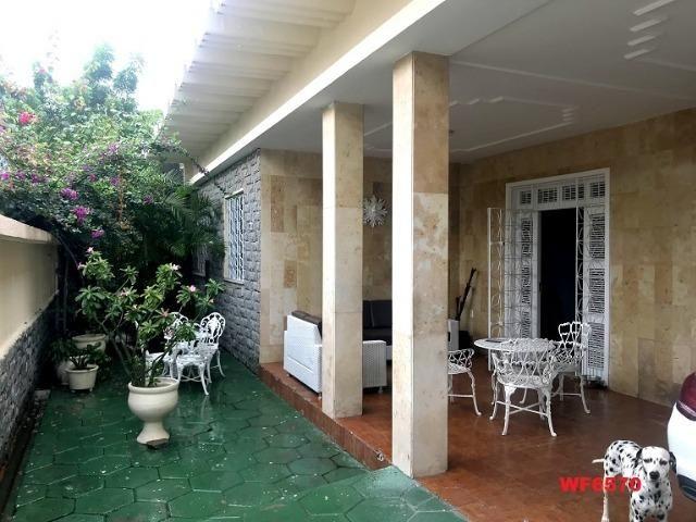 Casa duplex bairro Parquelândia, 5 quartos, 3 vagas, reformada, projetada, - Foto 17